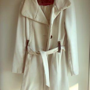 Steve Madden lightly used cream winter coat size L